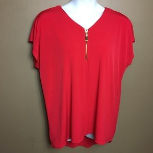 Carmen Marc Valvo woman red top size 2x